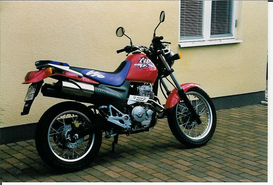 SLR 650-2